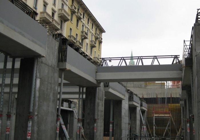 Métro 5, Milan