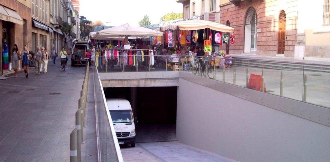 Parking en sous-sol de Place Ghiaia, Parme