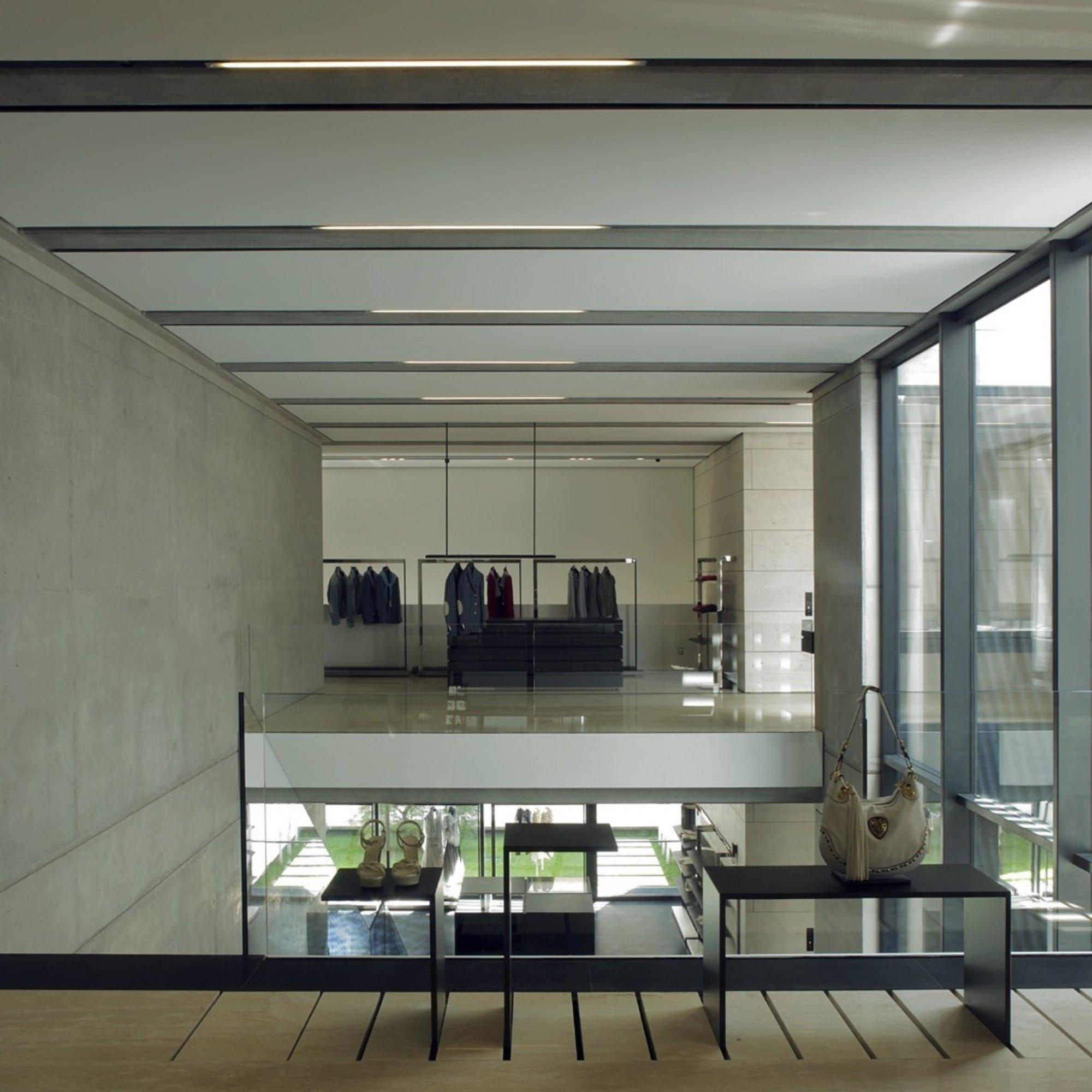 Eraldo Fashion Store, Ceggia Venice - Shops and offices - References -  Tecnostrutture